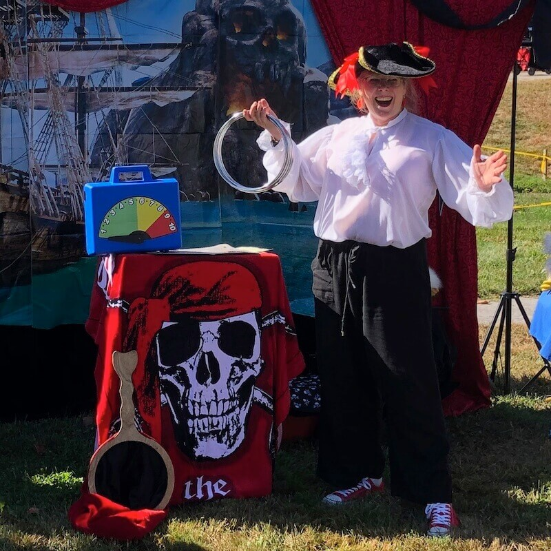 SQ Pirate show